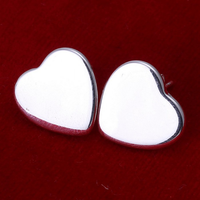 SE010 Silver Jewelry Bright Heart Stud Earrings For Women