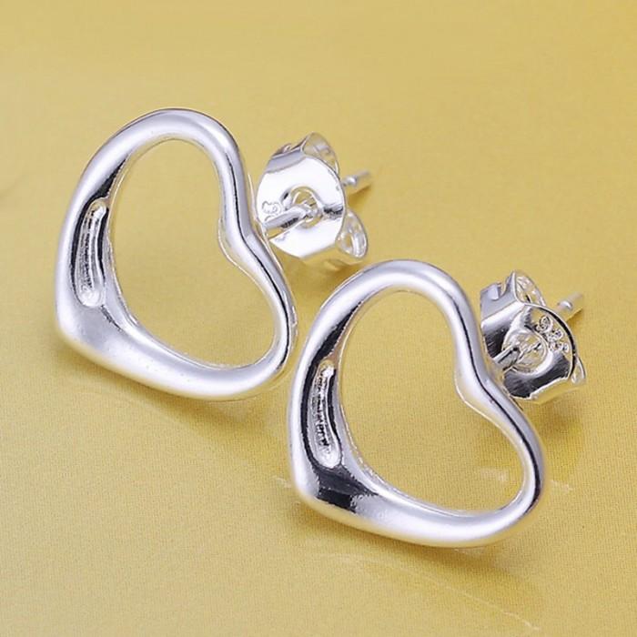 SE099 Silver Jewelry Heart Stud Earrings For Women