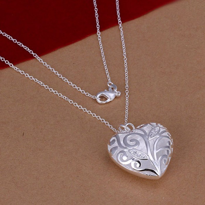 SN224 Hot Silver Jewelry Chain Crystal Heart Pendants Necklace
