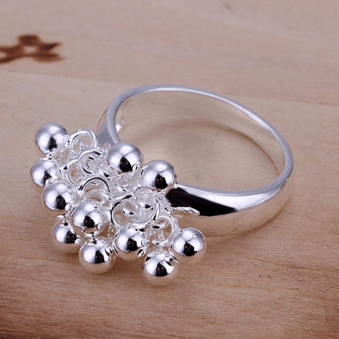 SR016 Fashion Silver Jewelry Grape Rings For Women